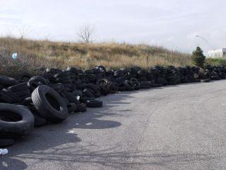Discarica di pneumatici: sequestro della Guardia di Finanza a San Bartolomeo